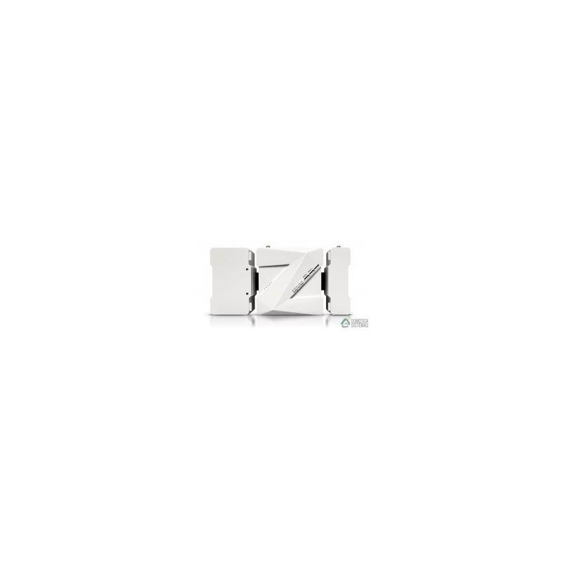 Controlador Zipabox de Zipato, permite conectar módulos de diferentes protocolos.