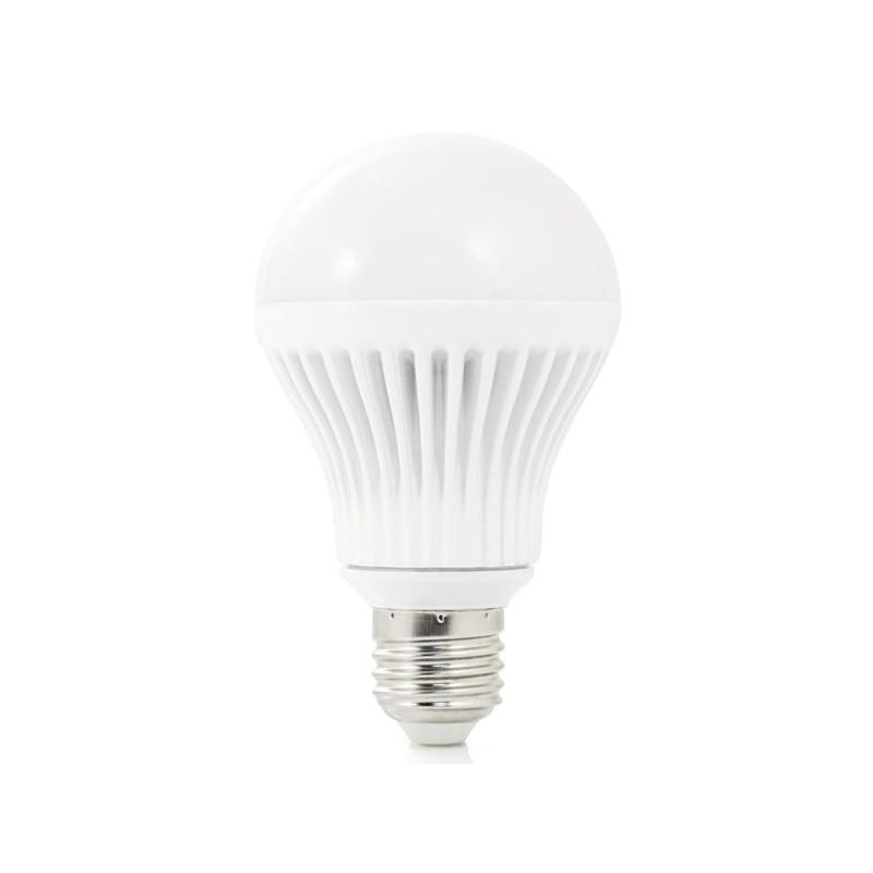 Bombilla LED Insteon regulable. A19 LED Bulb E27