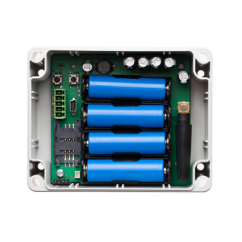 Panel de control GSM con baterías. ESIM4