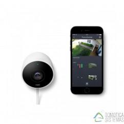 Camara de seguridad Nest Cam Outdoor de exterior