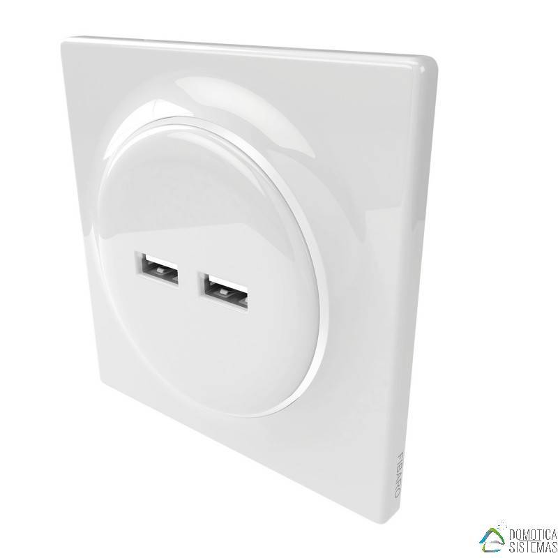 Walli N USB Outlet FIBARO